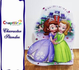 Character standee sofia and Amber